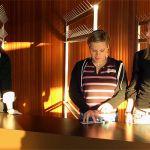 Garderobenbesetzung: Stefanie Liedtke, Elisabeth Fillies-Kasten und Schulfreundi